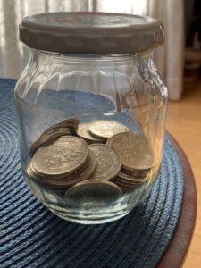 500円玉貯金の瓶