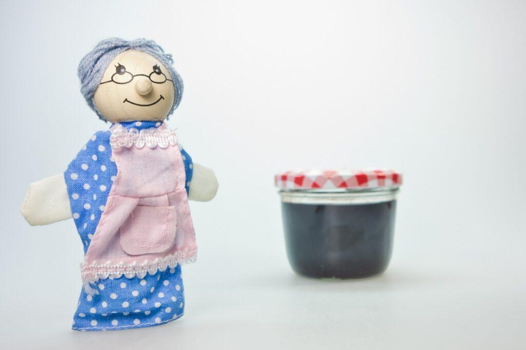 おばあちゃん人形