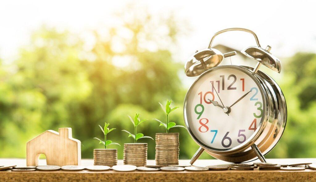 増えるコインと時計